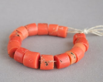 Antique Mediterranean coral, Natural coral, Coral beads, Jewelry coral, Natural color, 17 beads. Free shipping!!!