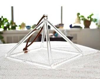 Quartz Crystal Singing Pyramid Instrument - Boost Reiki, Meditation, Sound Therapy, Sound healing