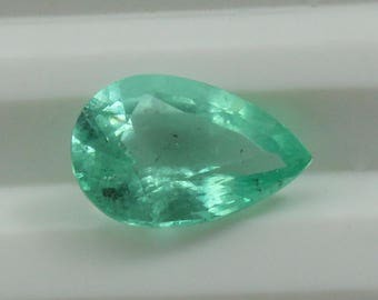 IGI Cetified 1.34 Ct  Natural Colombian Emerald Pear Cut Loose Gemstone