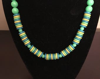 Vintage 1960s - 1970s Plastic Beaded Necklace Green Blue Yellow