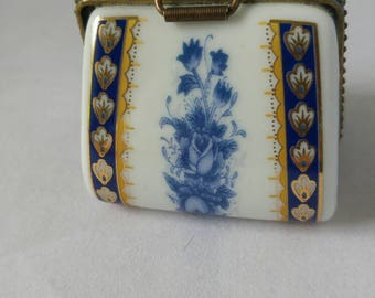 China blue white and gold handbag box