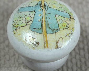Peter Rabbit Knobs, for Drawer or Dresser, Beech Wood, 3.5cm Diameter