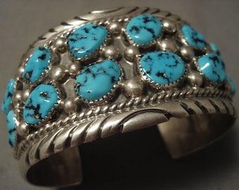 Important Vintage Navajo Silver Bracelet