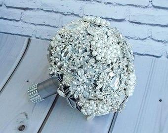 Silver crystal Bouquet, Luxury Wedding, Wedding bouquet. Bridal bouquet .Brooch Bouquet. Wedding bouquet charm.