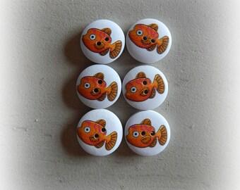 6 wooden buttons round orange fish 20 mm