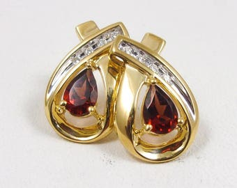 Solid 14K Yellow Gold 0.98 Carat Garnet and Diamond Stud Earrings, 2.9 grams