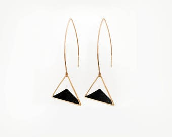 Black triangular earrings  / Geometric earrings