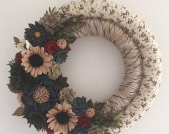 Felt flowers , felt flower wreath , yarn wreath , wrapped wreath , wreath, felt flower decor , winter wreath , farmhouse wreath