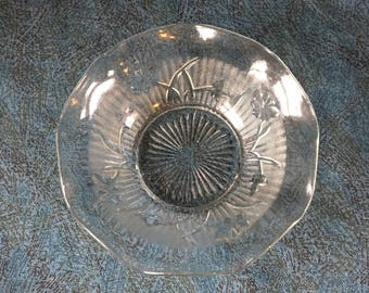 Vintage Jeannette Glass Iris and Herringbone Sauce Bowl, Clear Depression Glass