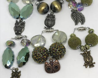 Set of 6 owl themed wine glass charms