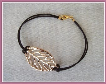 Brown leather with gold plated findings and gold leaf bracelet
