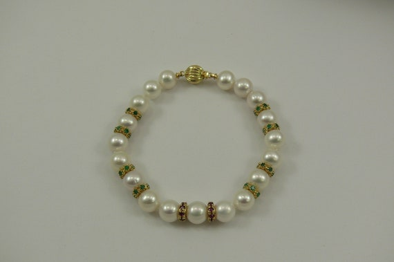 Freshwater Pearl Bracelet with Emerald & Ruby Rondell 14k Yellow Gold Clasp