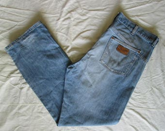 Wrangler Mens Blue Jeans Tag Size W38 L34 Used Condition