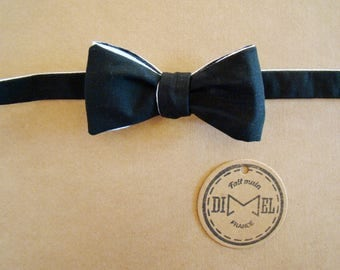 Bow tie black and white adjustable to order