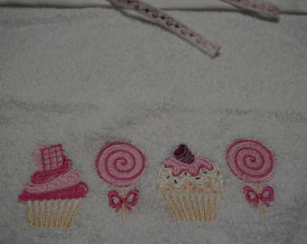 Cupcake Crush XL Toddler/Big Kid Bib OOAK
