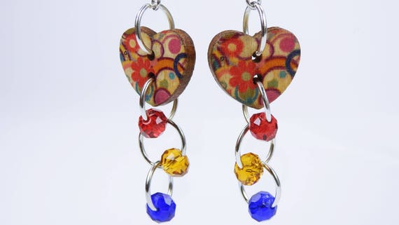 Earrings heart with hippie flowers and pearls in red yellow and blue on silver-colored earrings wooden pendant earrings jewelry Flower hearts