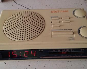 Radio alarm clock VINTAGE BRANDT
