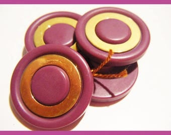 I no longer use dt Golden set of 4 light purple vintage buttons