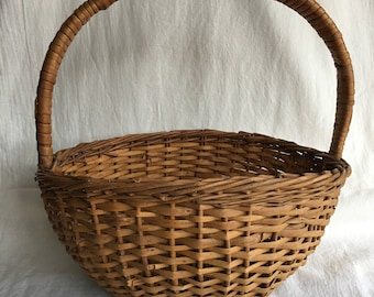 Rustic Woven Wicker Gathering Basket Vintage Country Farmhouse