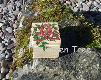 Handcrafted Wood Box - Triquetra - Pyrographed