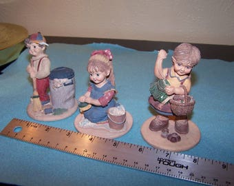Tender Heart Figurines Two Girls One Boy 1994