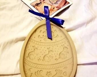 Stoneware, ceramic mold