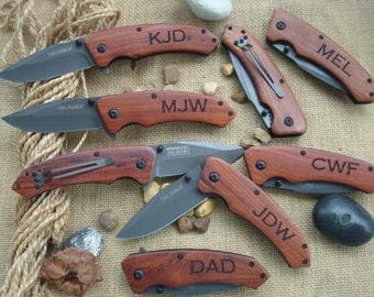 couteau de poche personnalis couteau de chasse cadeau pour. Black Bedroom Furniture Sets. Home Design Ideas