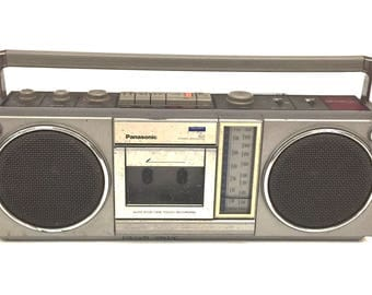 Vintage Silver Panasonic Boombox Ghetto Blaster Stereo Model RX-4930 Radio Only