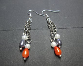 Earring chain and pearls satin