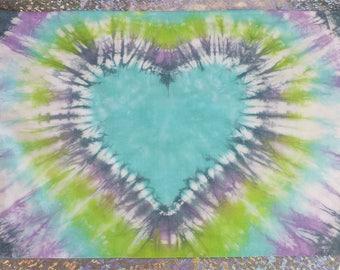 Tie dye pillowcase, heart tie dye, pastel, turquoise, purple, green, navy, tie dye bedding, tiedye pillow case