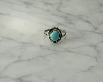 Sterling Silver Turquoise Ring (size 7 )