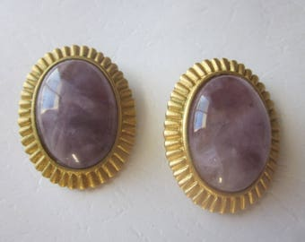 Vintage Leslie Block Amethyst Gold Tone Clip On Earring