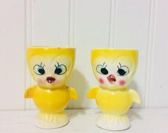 2 Vintage Kitschy Chicken Egg Cups