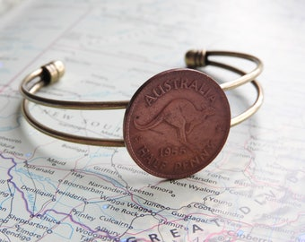 Australia coin cuff bracelet - 3 different designs - made of original coins from Australia - kangaroo - flower - lizard