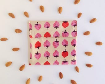 Stawberries - No Waste snack bag - Eco snack bag - Eco friendly - Food safe fabric snack pouch