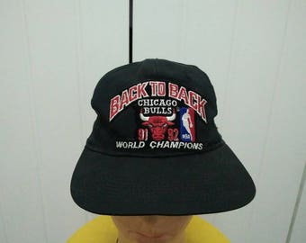 Rare Vintage Sports Specialities CHICAGO BULLS Back To Back 91'-92' World Championship Patched Spell Out Cap Hat Free size fit all
