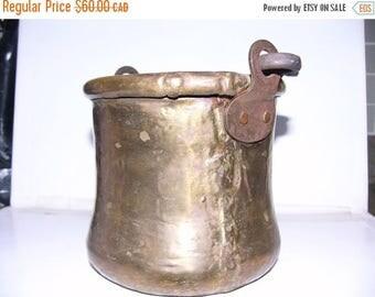 ON SALE Vintage Hand Hammered Copper Pot