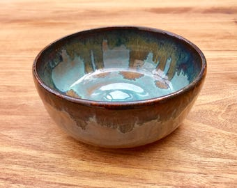 Stoneware serving bowl - pottery soup bowl - cereal bowl - snack bowl - decorative bowl - handmade bowl - green/turquoise glazed bowl