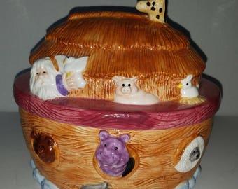 Vintage Noah's Ark Cookie Jar By Young's 1996
