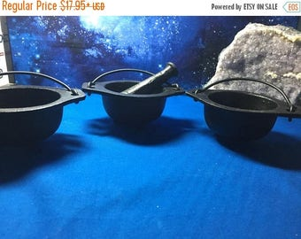 SUPER SALE Cast Iron Mini Cauldron with Pestle for Smudge Pot, Magic Use, Rituals, Wicca Tools, Altar Tools, Kitchen Tools, Resin Use