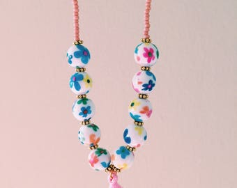 Pink necklace with flowers