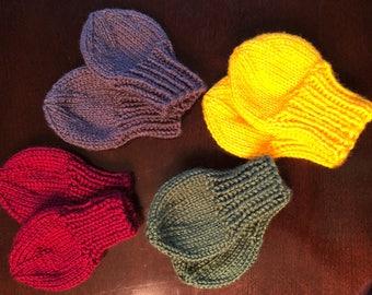 Hand knit baby mittens 0-6 months