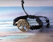 Celtic unisex bracelet : Yggdrasil, goldy bronze celtic/viking tree of life  on a  black leather macrame, handmade, for men or women