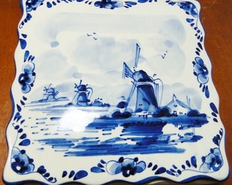 "Beautiful Vintage Delft Blue Windmill Square Covered Box 1 7/8"" Tall X 6"" Square Marked Delft Blue Handpainted Made In Holland Great Find!"