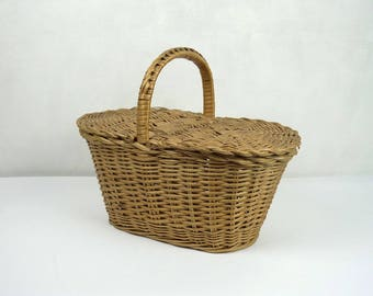 French vintage small wicker basket, sewing basket, ca 1950