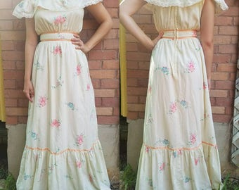 Vintage 1970s dress small medium maxi dress floral off-the-shoulder ribbon gunne sax women's clothing boho Festival