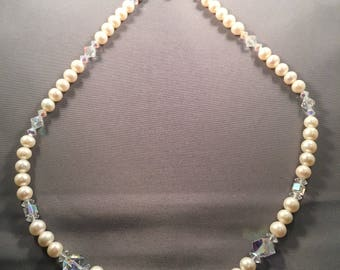 Real pearl and Swarovski crystal necklace 023