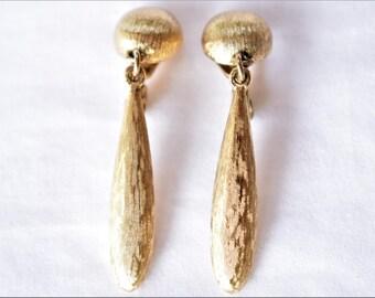 "Vintage Monet Boho Dangle Statement Earrings Textured Gold Tone Modernist Geometric Retro Signed Jewelry 1.5"""