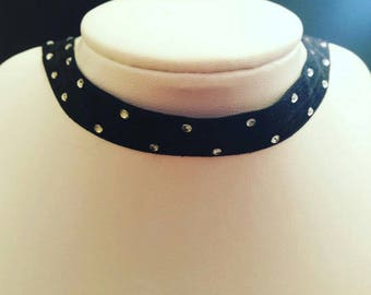 Black elastic choker with rhinestones, black choker, shiny choker, rhinestones,