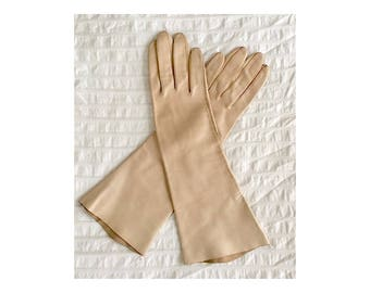 Vintage Italian Leather Gloves • Soft Beige Driving Gloves